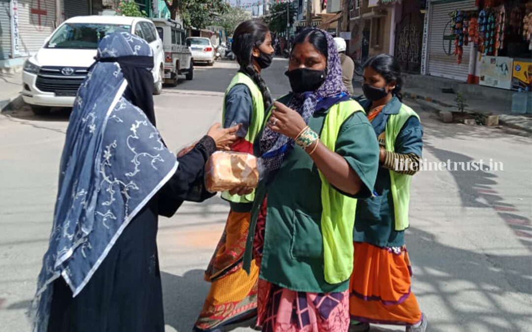 """Nov 2020 – Lifeline successfully completed 38 days of """"Free Bread Drive"""""""